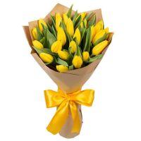 Букет 25 желтых тюльпанов
